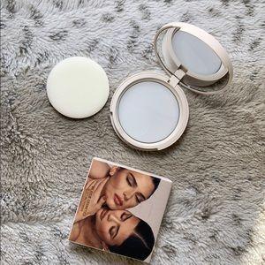 kylie cosmetics translucent blotting powder